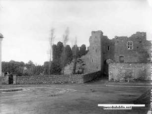 Swords castle black and white picture